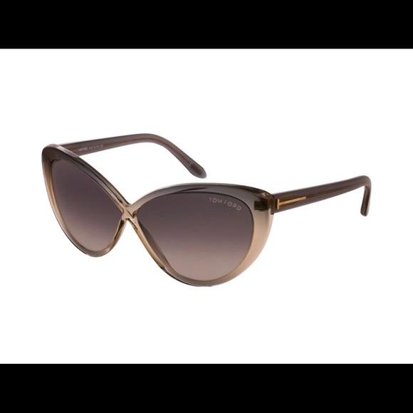 4ff46c1c573 Women s Tom Ford Cat Eye Sunglasses. M 5b8d792d8869f7fab2fef082